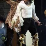Apollo Theatre (N.Y.) 24-04-2002 - Black Or White B30b61146858741