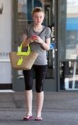 Dakota Fanning / Michael Sheen - Imagenes/Videos de Paparazzi / Estudio/ Eventos etc. - Página 4 92fa0f147044895