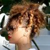 Rihanna quitte son hôtel à Miami. 104358168148346