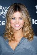 Amber Lancaster at IceLink flagship store opening in Los Angeles, 11 January, x14