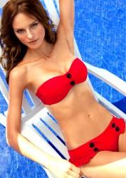 04500d171386502 Fabiana Semprebom   Despi SS2011 swimwear