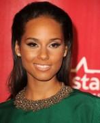 Алиша Киз (Алисия Кис), фото 2968. Alicia Keys 2012 MusiCares Person Of The Year Gala in LA - February 10, 2012, foto 2968