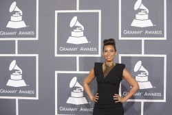 Алиша Киз (Алисия Кис), фото 3044. Alicia Keys 54th annual Grammy Awards - 12/02/2012 - Red Carpet, foto 3044