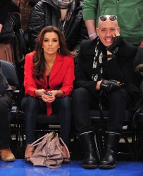 Ева Лонгориа, фото 10283. Eva Longoria at the Dallas Mavericks vs New York Knicks game at Madison Square Garden in New York City, february 19, foto 10283